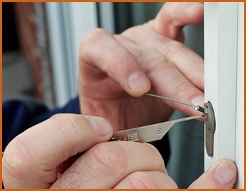 Village Locksmith Store Oak Forest, IL 708-303-9353